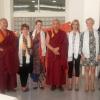 Visita de los Venerables Monjes del monasterio de Gaden Shartse Sockpa Khangtsen a la Facultad de Bellas Artes de Valencia. Nuria Gomar Mirallave NGM Mindfulness Transpersonal.